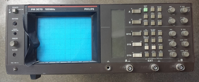 philips%20PM3070%20100MHz%20scope_01a