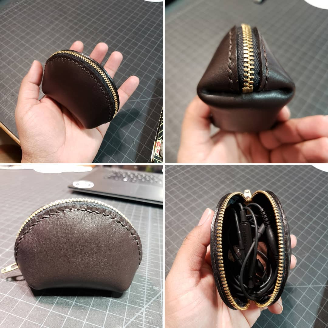 clamshell_zipper_pouch